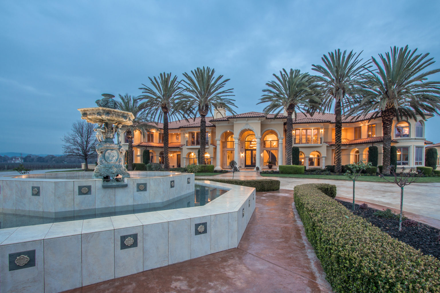 Robb Report feature – Luxury Real Estate Photos