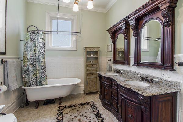 Petaluma Master Bath
